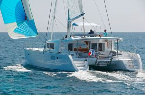 Waypoint Yacht Charter - Lagoon 450 Fly (2019) - Calm Point