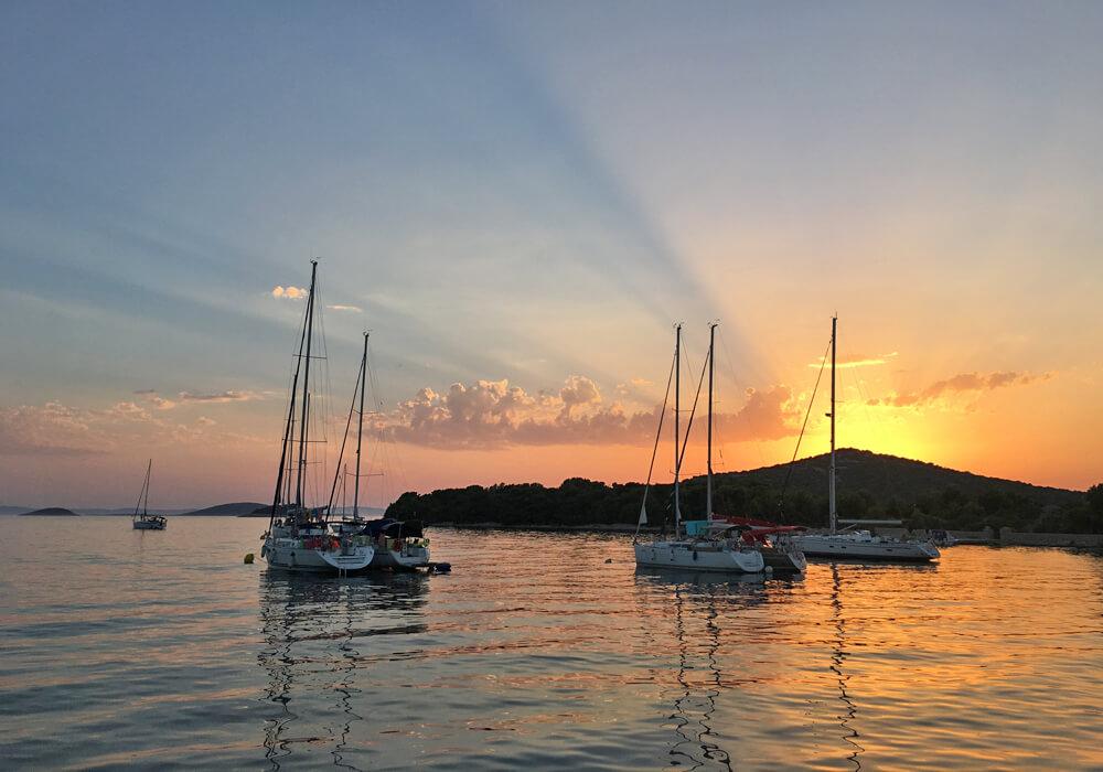 yacht charter croatia hvar
