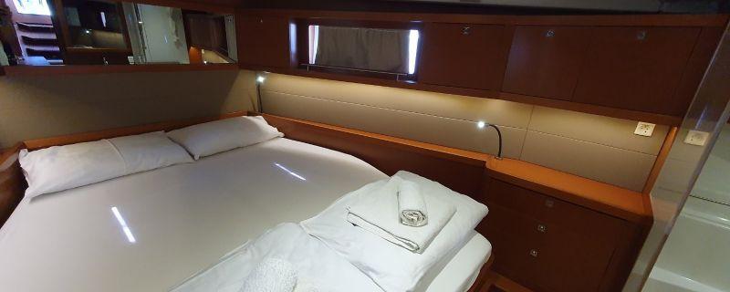 24643440993301136_Passionaut_-_master_cabin