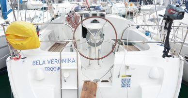 """Sun Odyssey 35 """"Bela Veronika"""""""