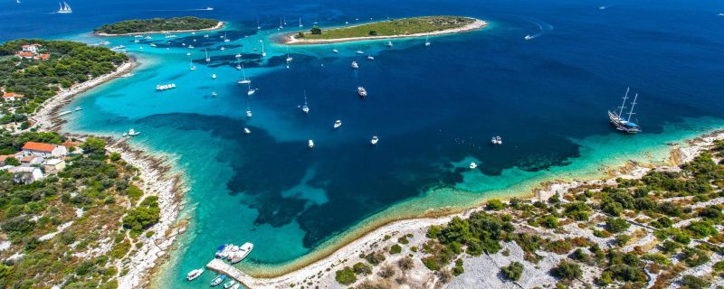 Croatia sailing destinations: Drvenik Veli