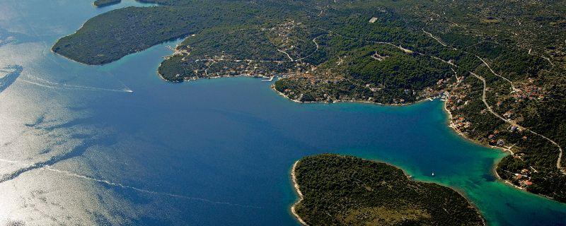 Croatia sailing destinations: Island of Iz