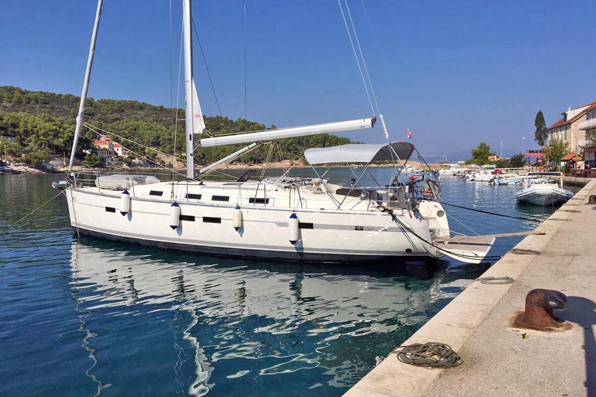 Bavaria Cruiser 45 owner version in ACI Dubrovnik