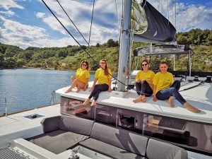 Girls on board - Lagoon 450 Fly - Reggae Point